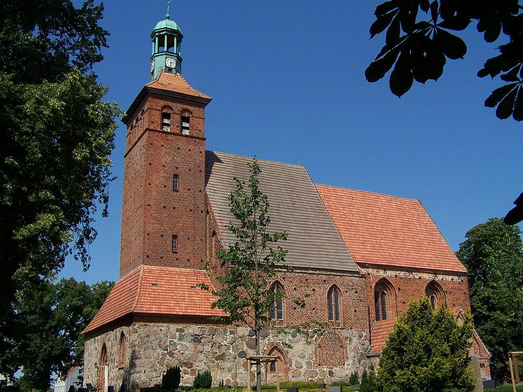 Kirche Reinkenhagen